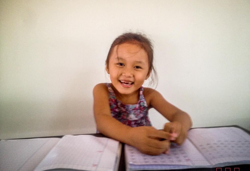 mainha_education_w-8